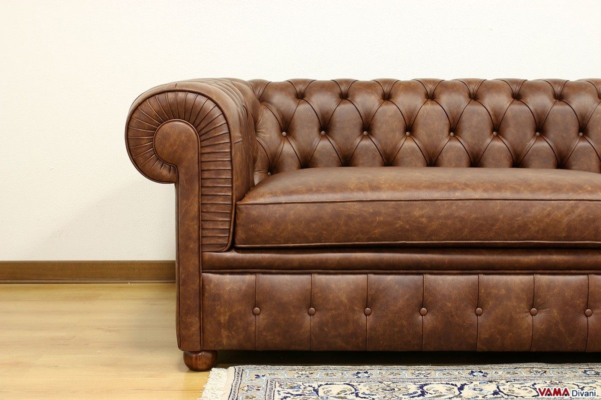 Chester Sofa Brown Aged Vintage