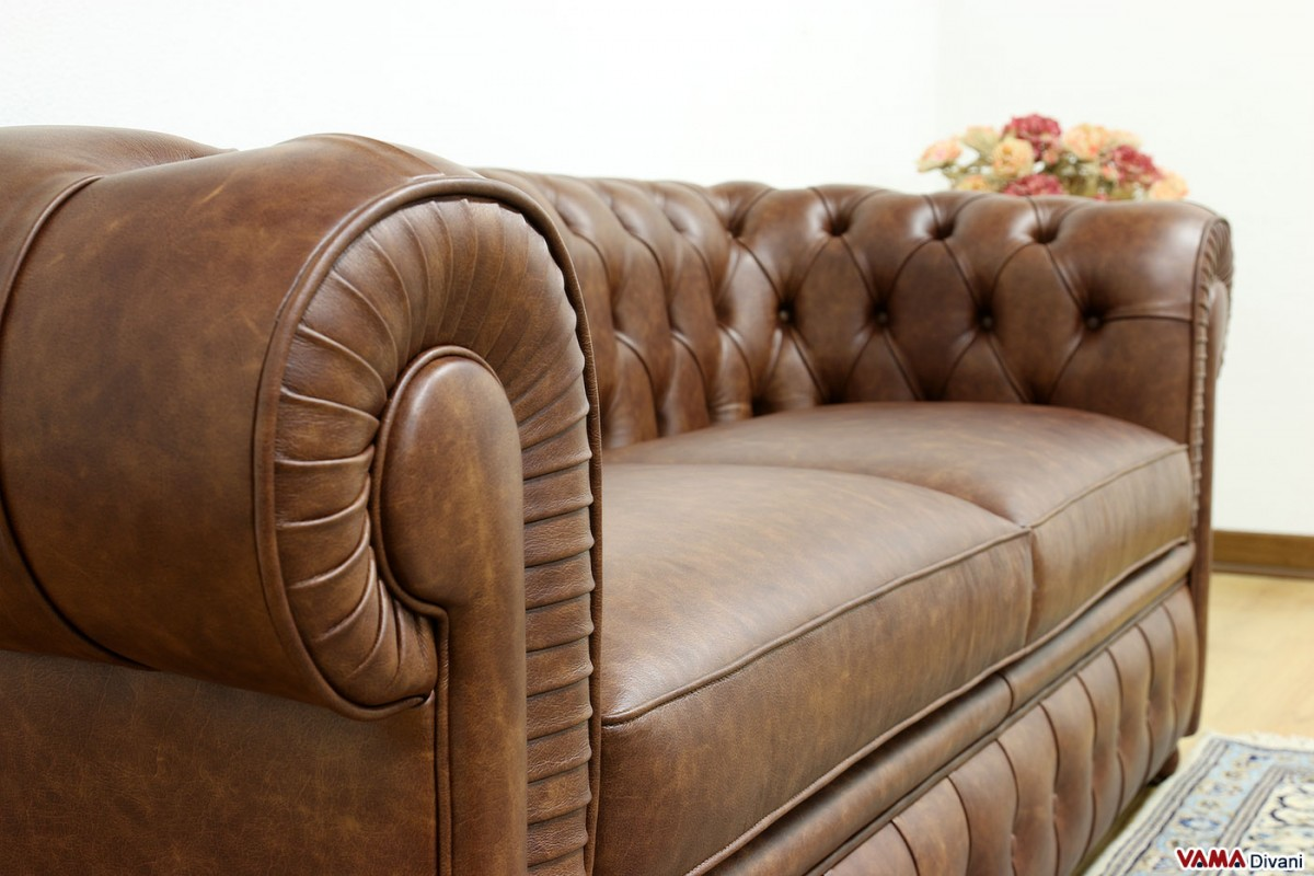 Chester Sofa Vintage Aged Brown