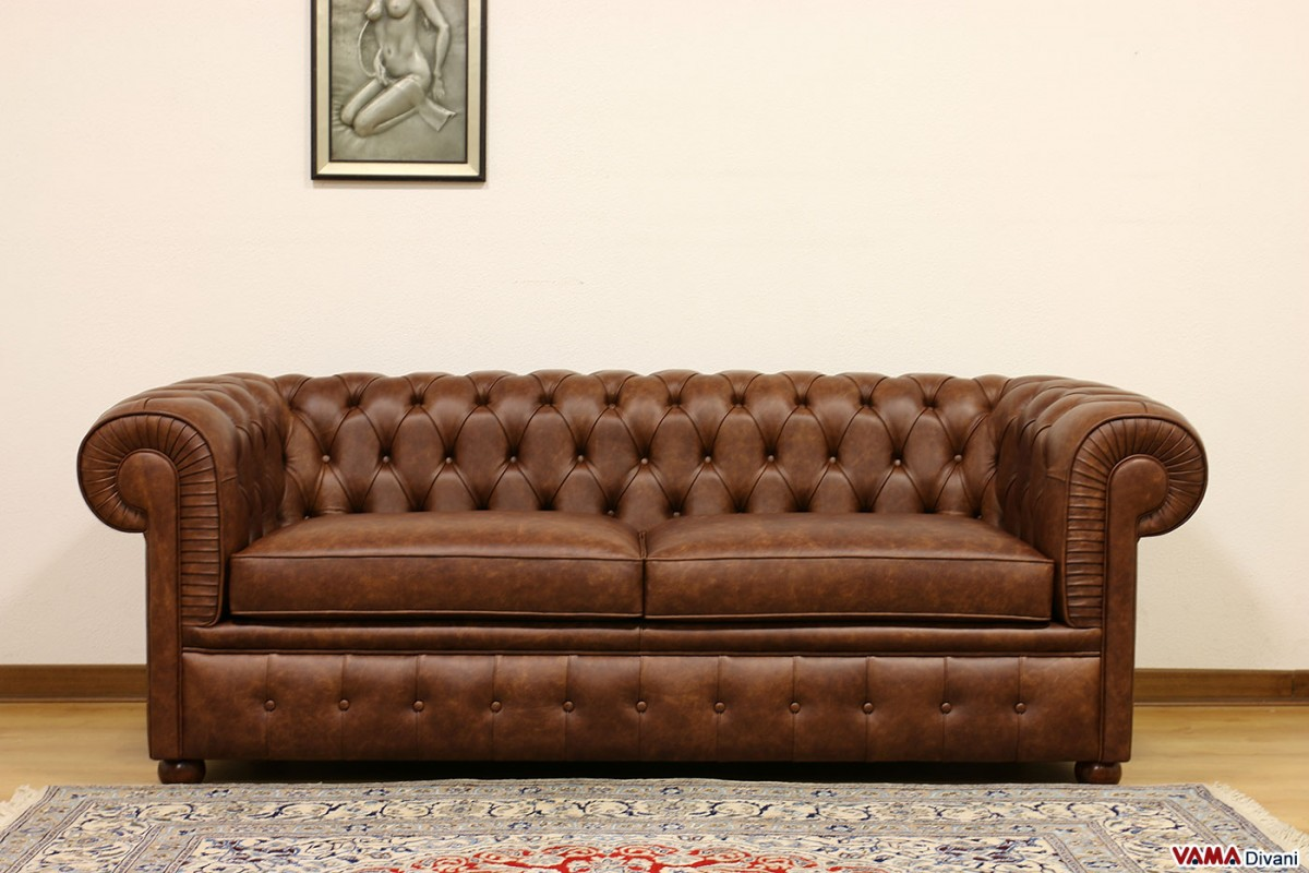 Chesterfield 2 maxi seater sofa two large cushions for Couch 200 cm