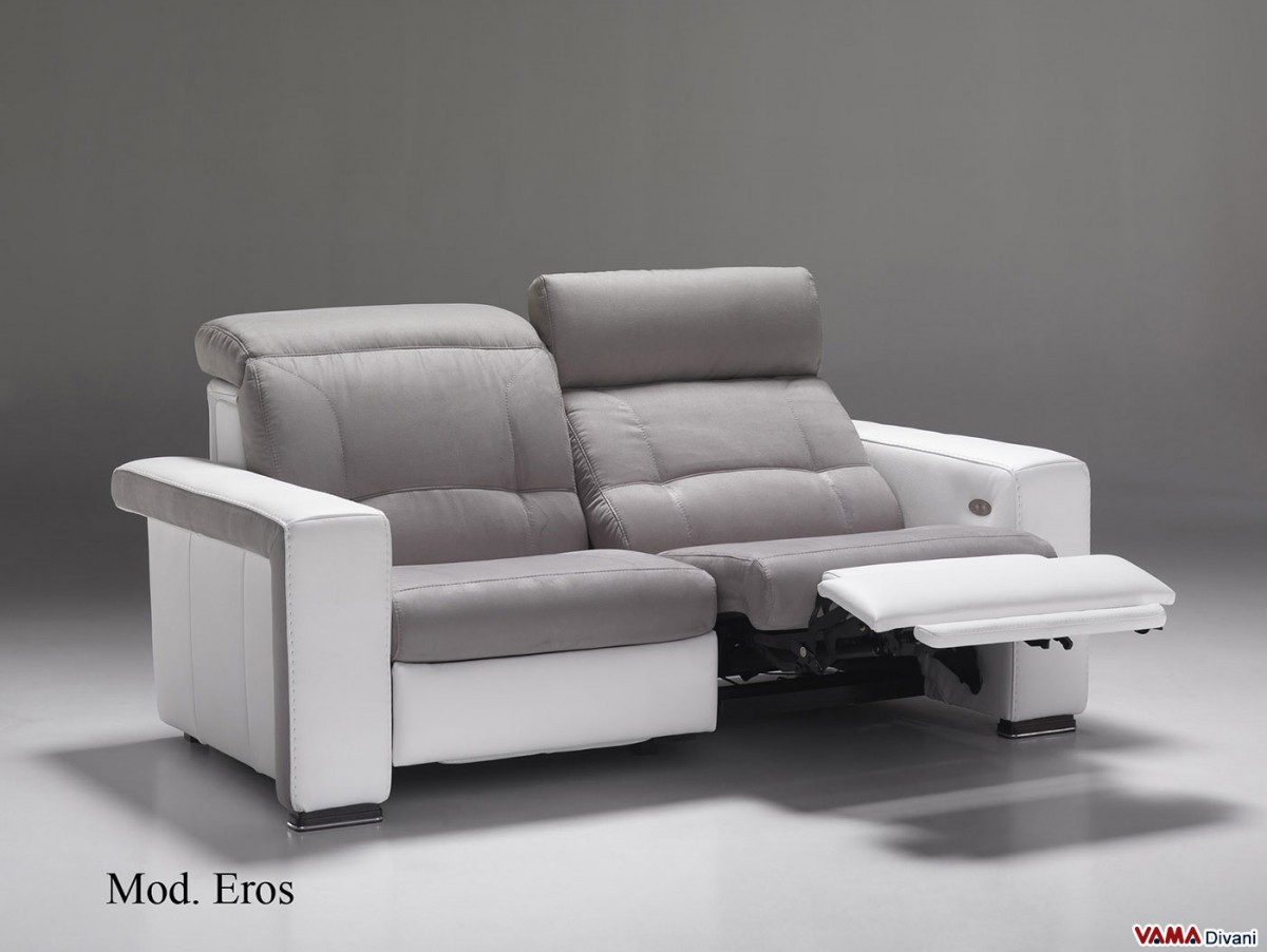 Reclining Sofa With Independent Mechanism For Your Head