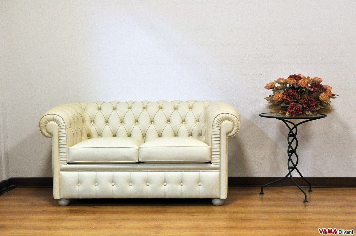 Small cream sofa small l shaped leather sofa home and for Berkline callisburgh sofa chaise