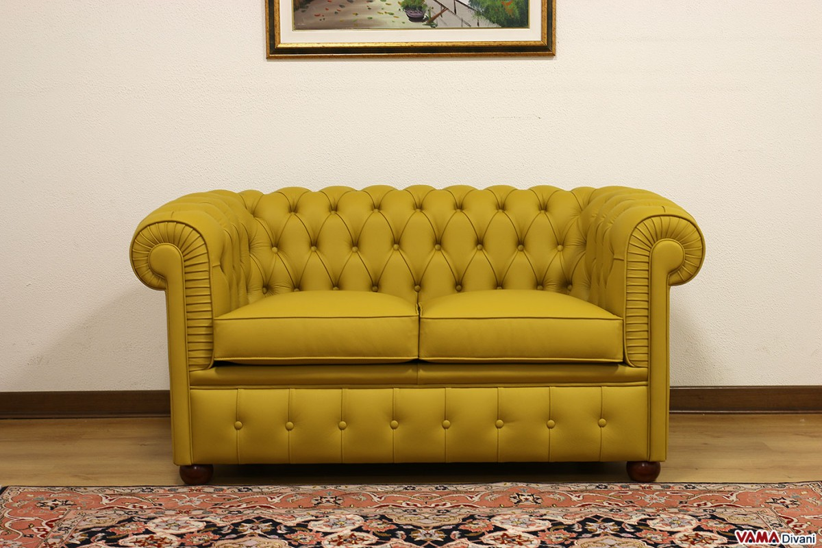 Smaller Chesterfield Sofa Chesterino
