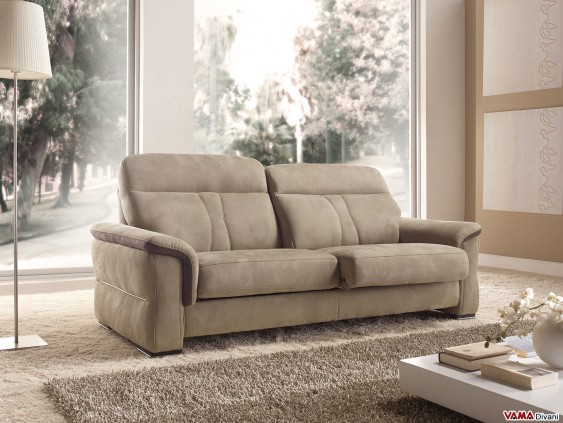 Brown reclining sofa with extendible seats