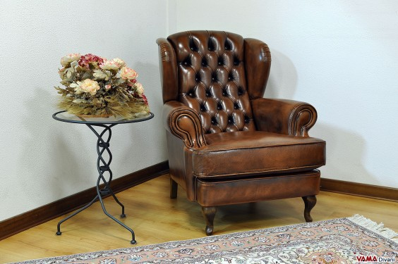 Armchair with tufted ears