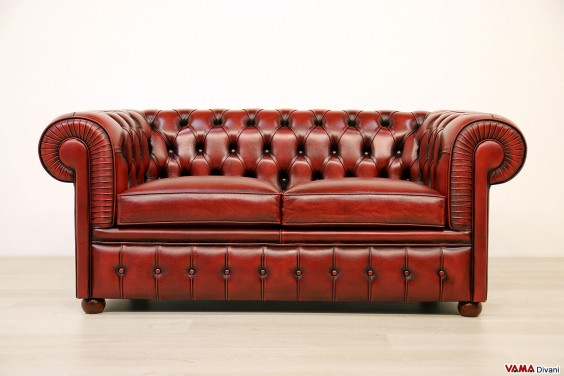 Chesterfield Sofa 2 places red vintage antique