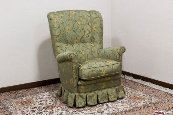Green floral armchair with skirt for your bedroom