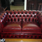 Chesterfield sofa bordeaux