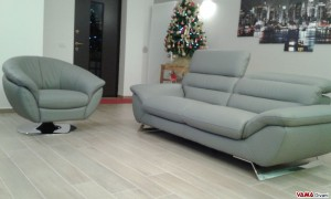 Confortable sofa with soft leather